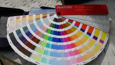Ce culoare Pantone ti se potriveste. Iata ce poti purta in 2020 pentru a fi in trend!